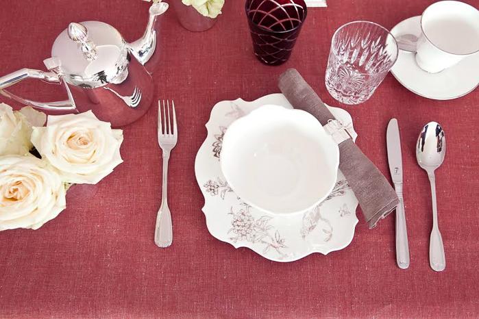 Como colocar los cubiertos en la mesa