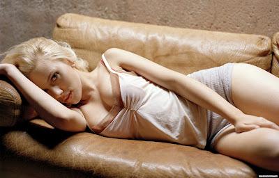 Scarlett_Johansson_wallpaper_10