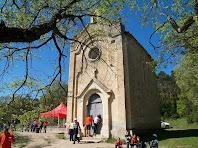 Les façanes nord i est de la capella de Sant Roc