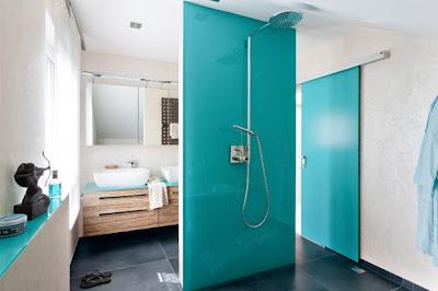 cuarto de baño turquesa