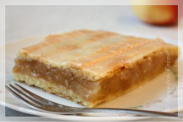 Apfelkuchen mit murbeteig deckel