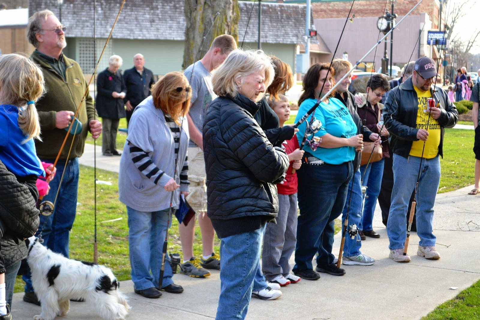 Blessing of the poles ceremony held to celebrate opening for Michigan fish size limits