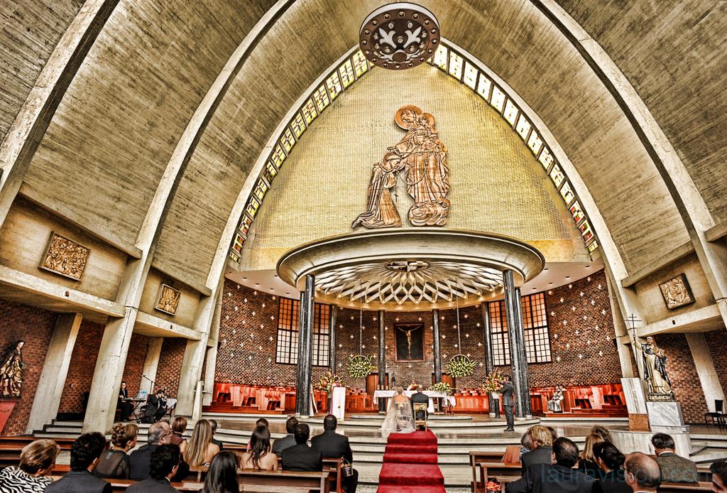 Iglesias en bogot para bodas for Direccion ministerio del interior bogota