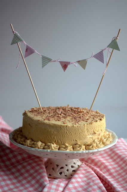 "Brown sugar layer cake caramel con frosting de caramelo. Reto nº25 ""One for all"""