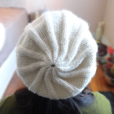 Simple Ribbed Hat With Pom Pom - Purl Avenue