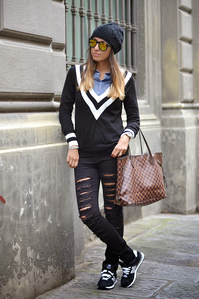 outfit total black fashion blogger