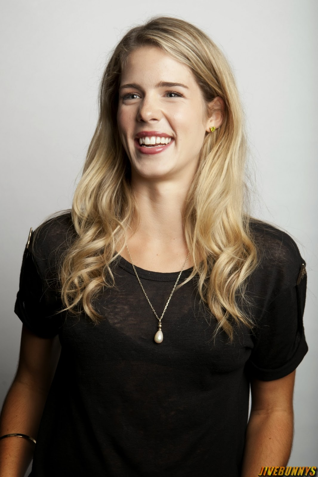 Emily Bett nudes (64 fotos), hot Pussy, YouTube, butt 2019