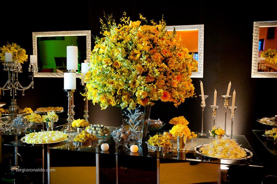 decoracao amarelo branco e preto:Rafaela Panisset : Decoração de casamento: preto, amarelo e prata!