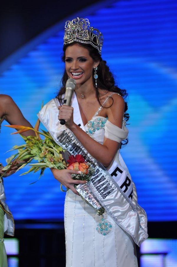 The Final Results of Miss Panama 2011