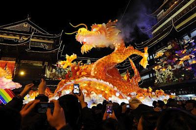 Perayaan Imlek Tahun Naga di Hongkong
