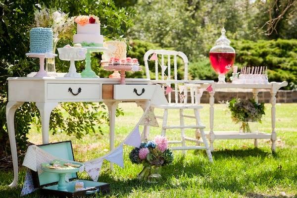 festa jardim vintage:Bella Fiore Decoração de Eventos: Festa Vintage no Jardim
