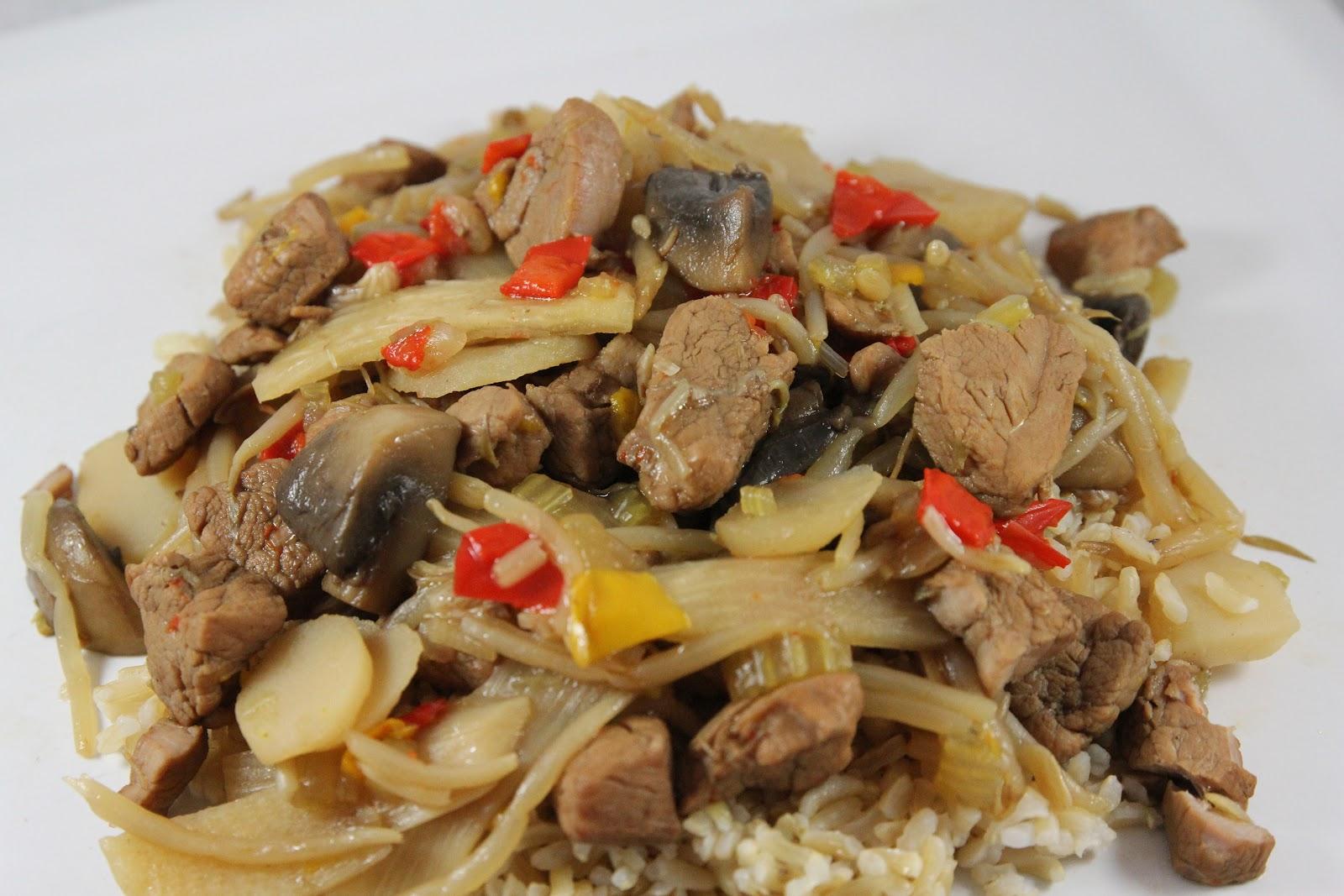 mushroom chop suey chop suey with dry noodles mushroom chop suey