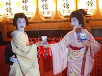 美晴さんと涼香さんがカンパイ!