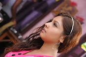 Komal Jha Glamorous Photos in Pink Top-thumbnail-8