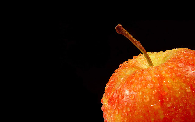 Orange Apple on Black Background Black-Orange Wallpaper hd