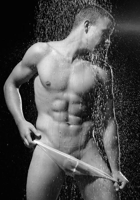 Мокрые голые парни фото 18083 фотография