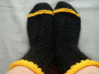 двухцветные носки