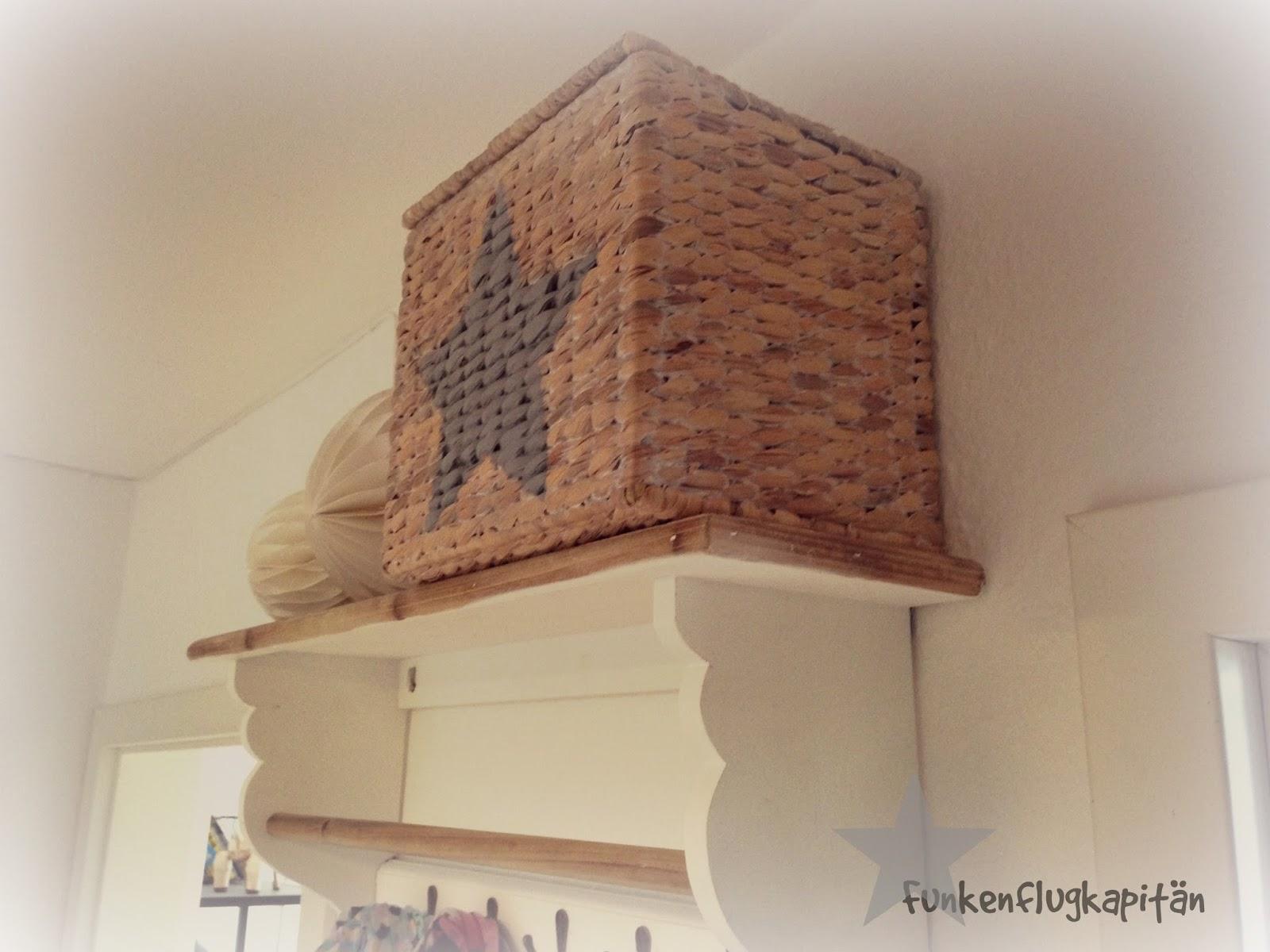 funkenflugkapit n mini flur renovierung teil 3. Black Bedroom Furniture Sets. Home Design Ideas