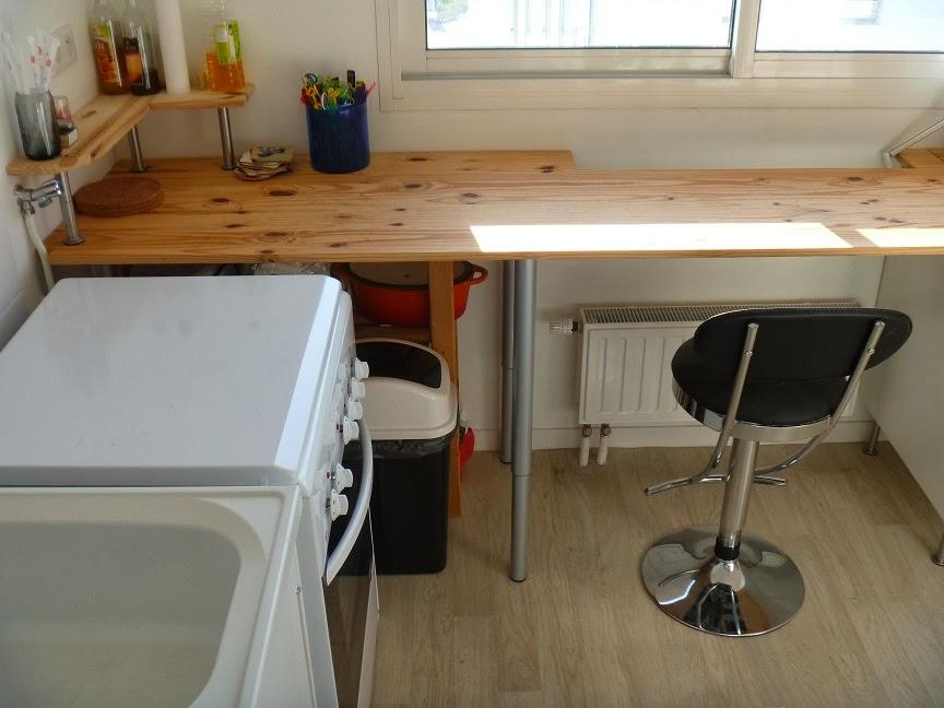 plan de travail pied latest plan de travail table de travail with plan de travail pied latest. Black Bedroom Furniture Sets. Home Design Ideas