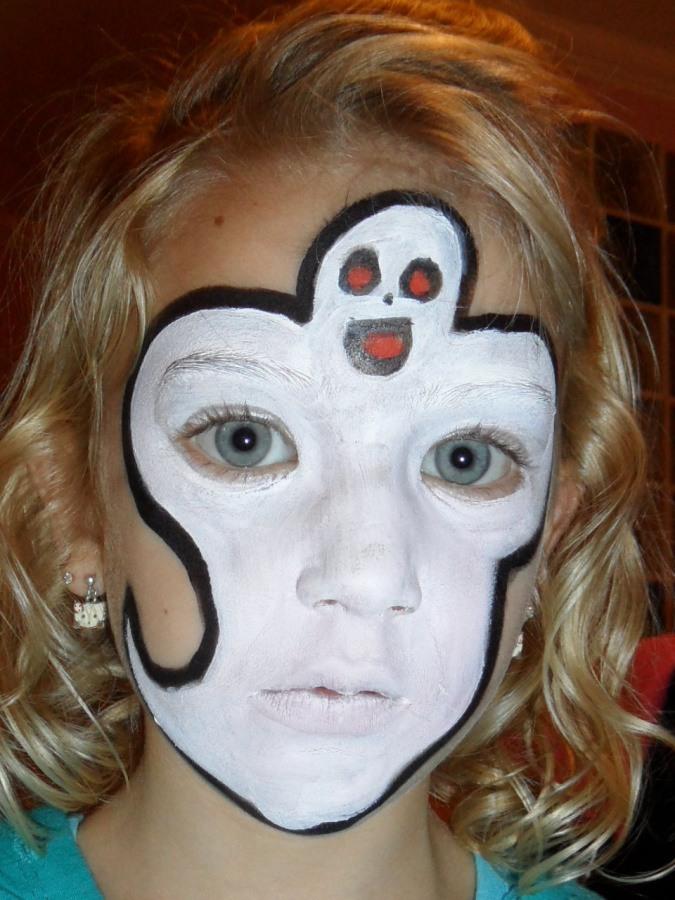 Carita pintada de un fantasma caritas pintadas para - Como pintar la cara de nina de bruja ...