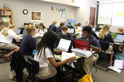Montgomery Catholic Seniors Engaged Using Technology in the Classroom 1