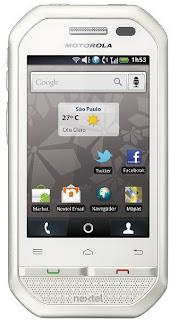 White Motorola i867w