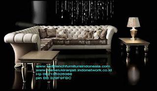 sofa jati cat silver mewah,Sofa ukir jepara Jual furniture mebel jepara sofa tamu klasik sofa tamu jati sofa tamu antik sofa tamu jepara sofa tamu cat duco jepara mebel jati ukir jepara code SFTM-22014 sofa jati cat silver mewah