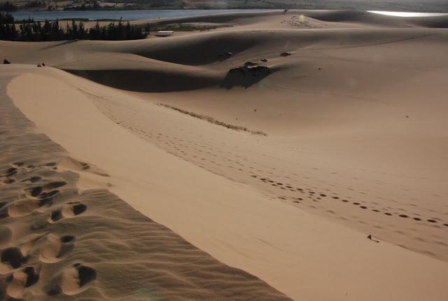 Tham quan đồi cát Mũi Né - một ngày thú vị