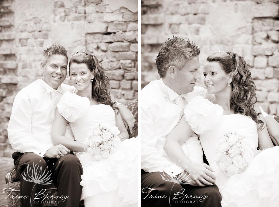 Bryllupsbilder fra Eidsfoss, utenfor pusserstallen, fotograf Trine Bjervig