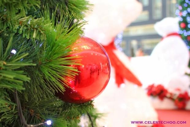christmas-red-ball