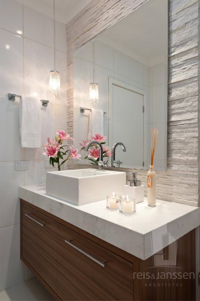 Reis e janssen arquitetos reforma lavabo praticidade com for Reforma lavabo precio