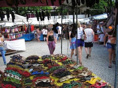 Feira Hippie de Ipanema, Río, Brasil, La vuelta al mundo de Asun y Ricardo, round the world, mundoporlibre.com