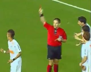 neymar dapat kartu merah