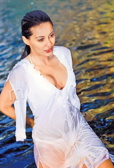 Right! Minissha lamba breast naked