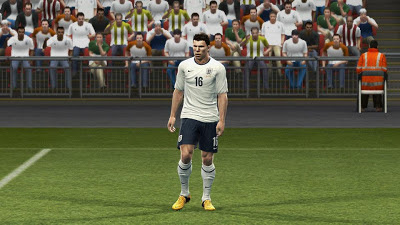 PESEdit.com PES 2013 Patch 3.8 Free - Screenshot 1