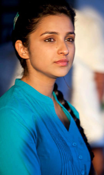 Ishaqzaade movie heroine parineeti chopra photos2