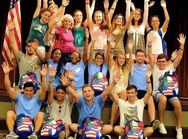 Jóvenes estudiantes de inglés