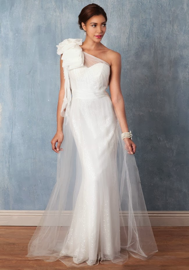 Lace Wedding Dresses Under 500 Dollars : Wedding gowns under dollars dresses colors
