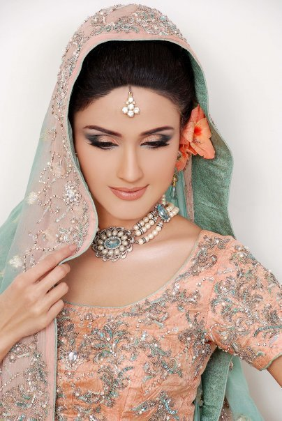 Stunning Pakistani Bridal Eye Makeup 404 x 604 · 65 kB · jpeg