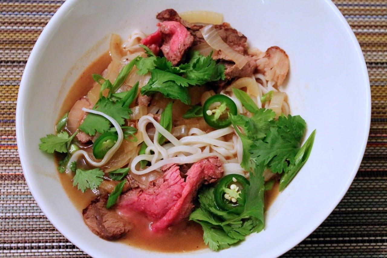 Pho (Vietnamese Beef Noodle Soup)