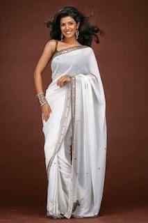 Nimrat Kaur wearing a saree