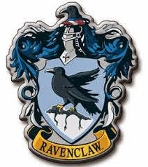 Madame Macabre pertenece a Ravenclaw