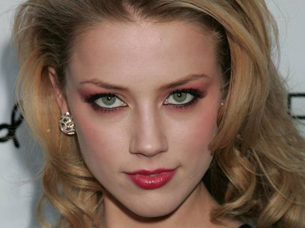 Amber Heard Biography and Photos