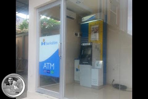 Kartu ATM BCA tertelan mesin ATM Bank Kaltim