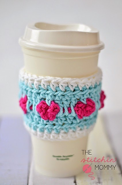 free crochet pattern coffee cozy with hearts