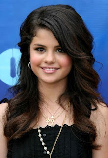 crazed heat selena gomez fotos