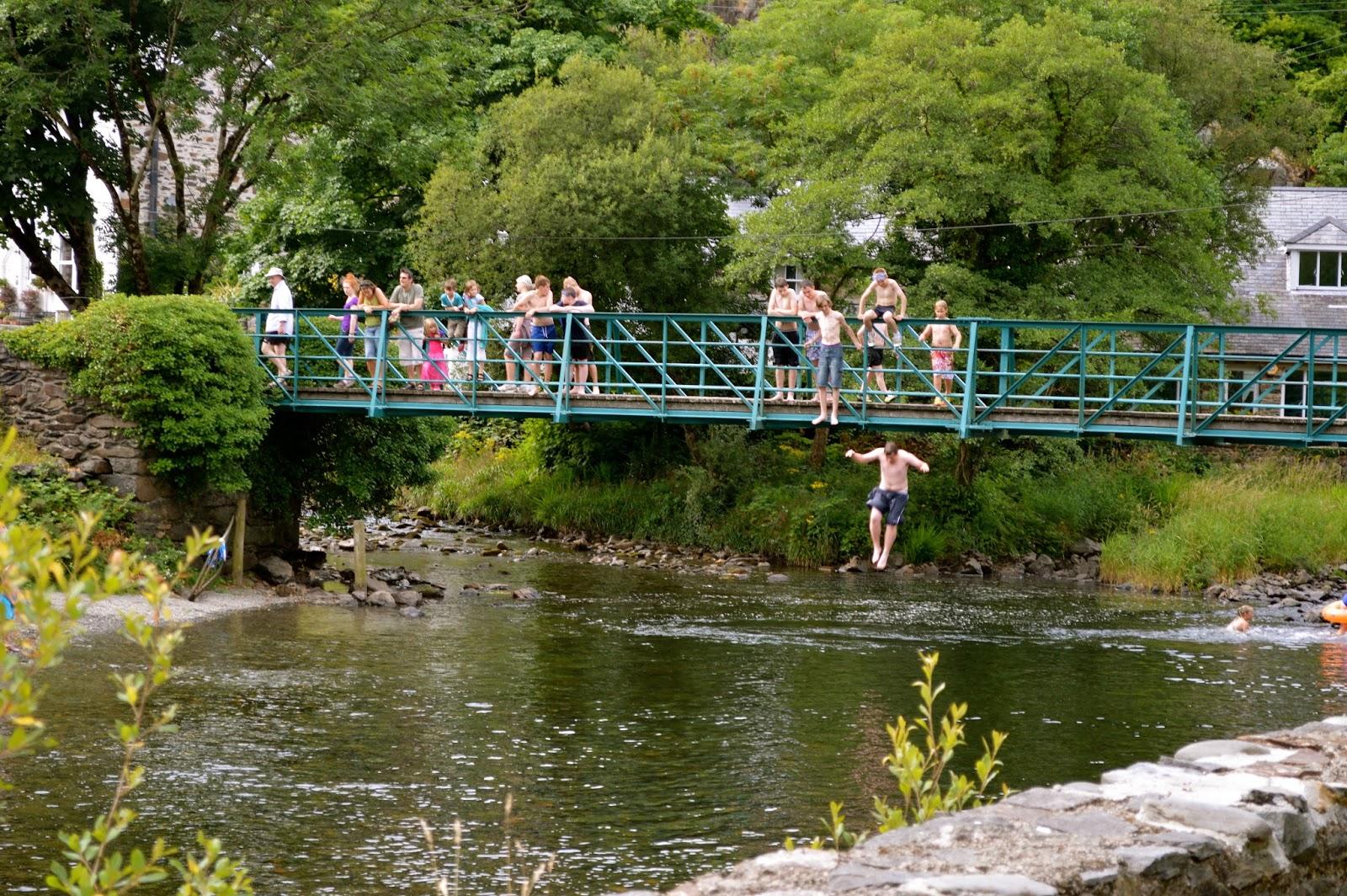 K Rock The Bridge Watch Dogs