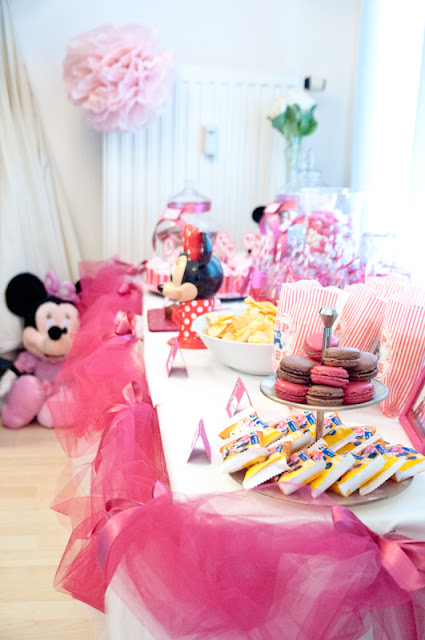 Pink Minnie Mouse Birthday Party!