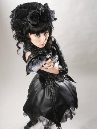 •*´¨`*•.¸¸.♥Lolita's World♥ Club Lolita + Harajuku Lovers♥.¸¸.•*´¨`*• - Página 2 Gothic_lolita3