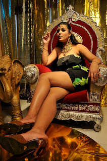 Priyanka Tiwari as a queen in an item song must see hq pics